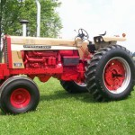 Farmall 1026 Gold Demonstrator 2