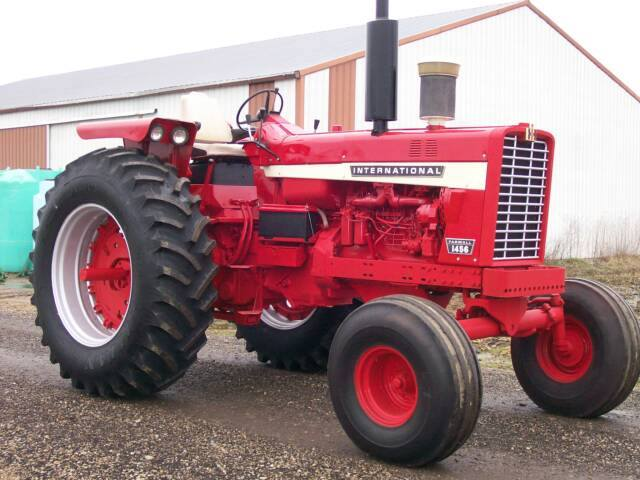 Ih 1456 Tractor : International and series restored tractors