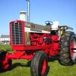Farmall 1456 Gold Demonstrator 3