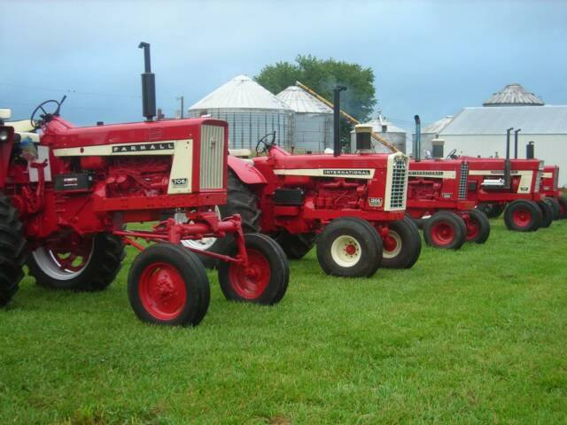 Restored Ih Tractors : Restored tractors series  etc